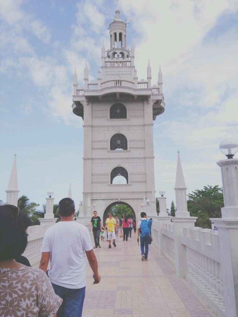 simala shrine - www.thejerny.com