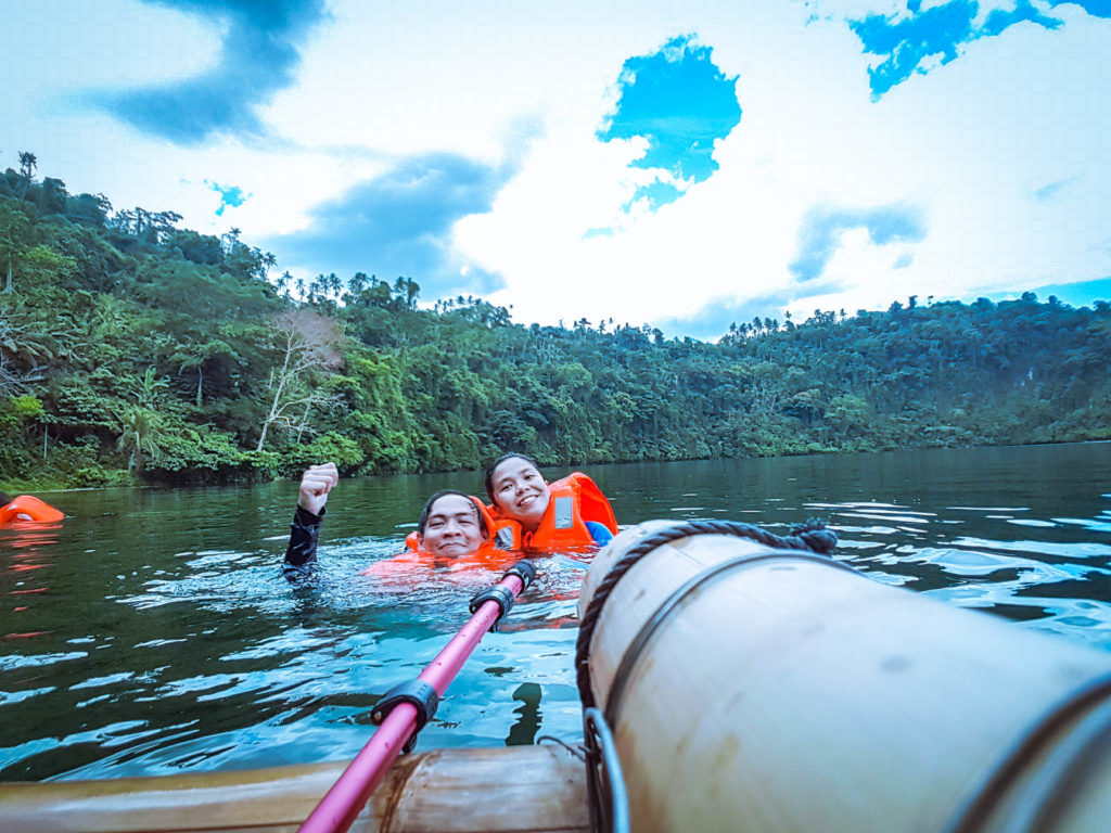 Lake Pandin Travel Guide - How to get there from Manila - https://thejerny.com