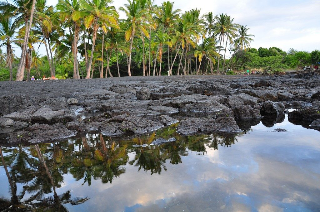 8 Best Big Island (Hawaii) Activities - http://thejerny.com - Punalu'u Black Sand Beach