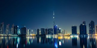 Dubai Travel Deals And Do Dubai On A Budget - https://thejerny.com