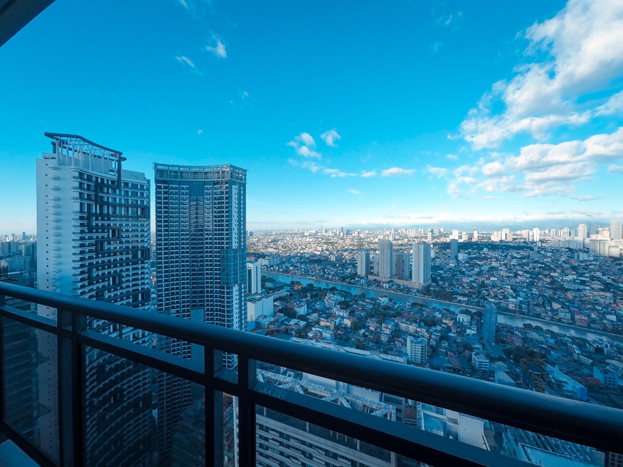 Staycation at Gramercy Residences - https://thejerny.com