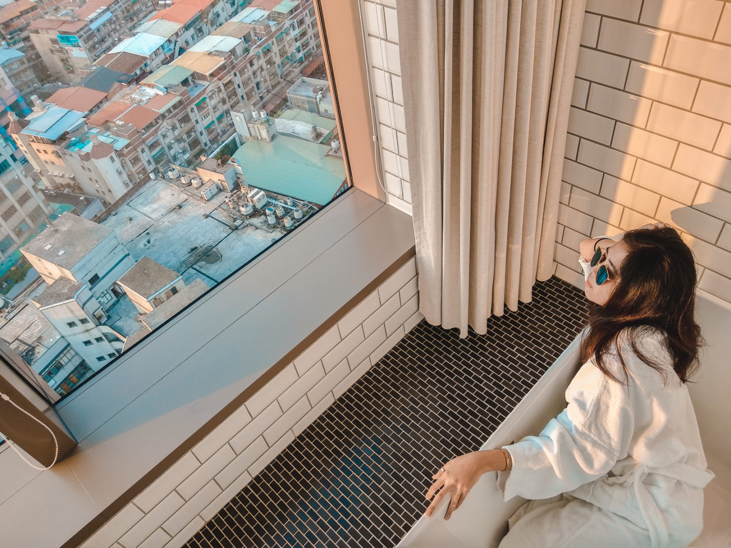 amba Taipei Songshan: A Boutique Hotel with Fascinating Views and Superb Services