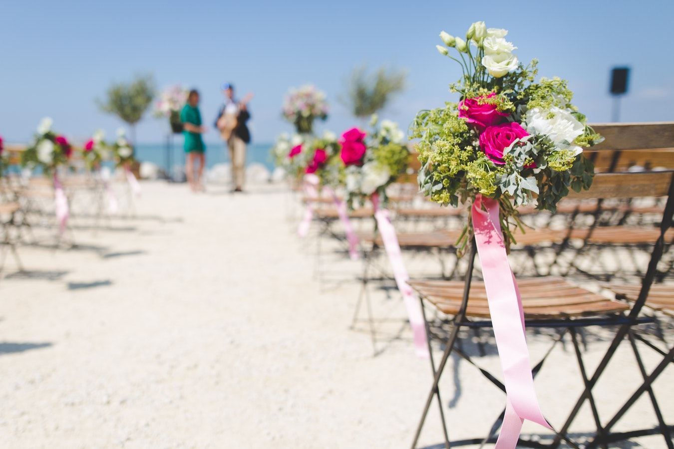 A Guide To Planning An Affordable Destination Wedding