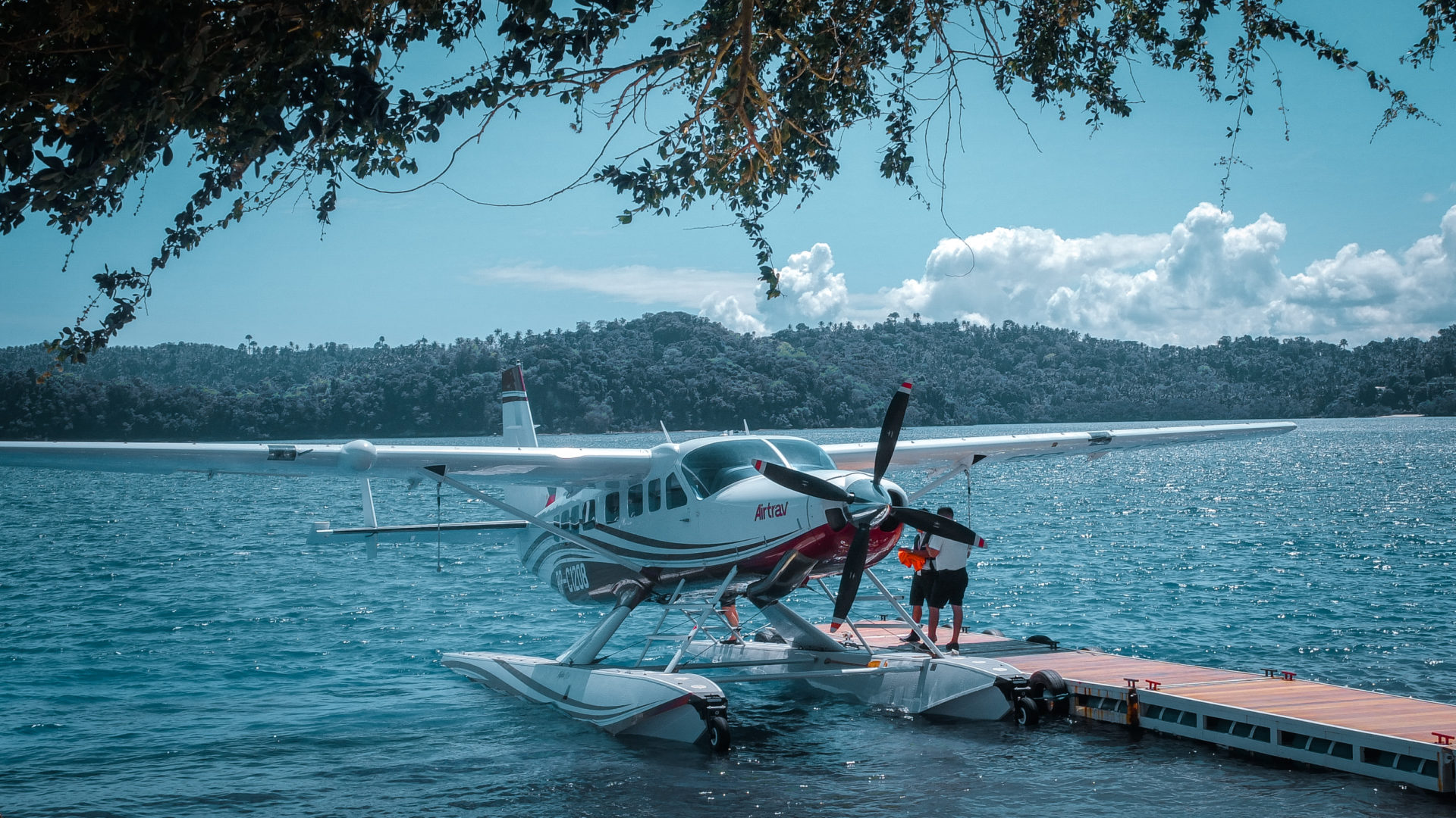 Manila to Puerto Galera in 35 mins: Flying with AirTrav Philippines | Seaplane Experience