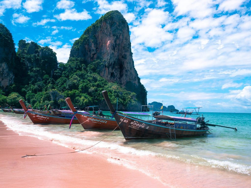 best-beaches-in-the-world-according-to-travel-bloggers-page-4