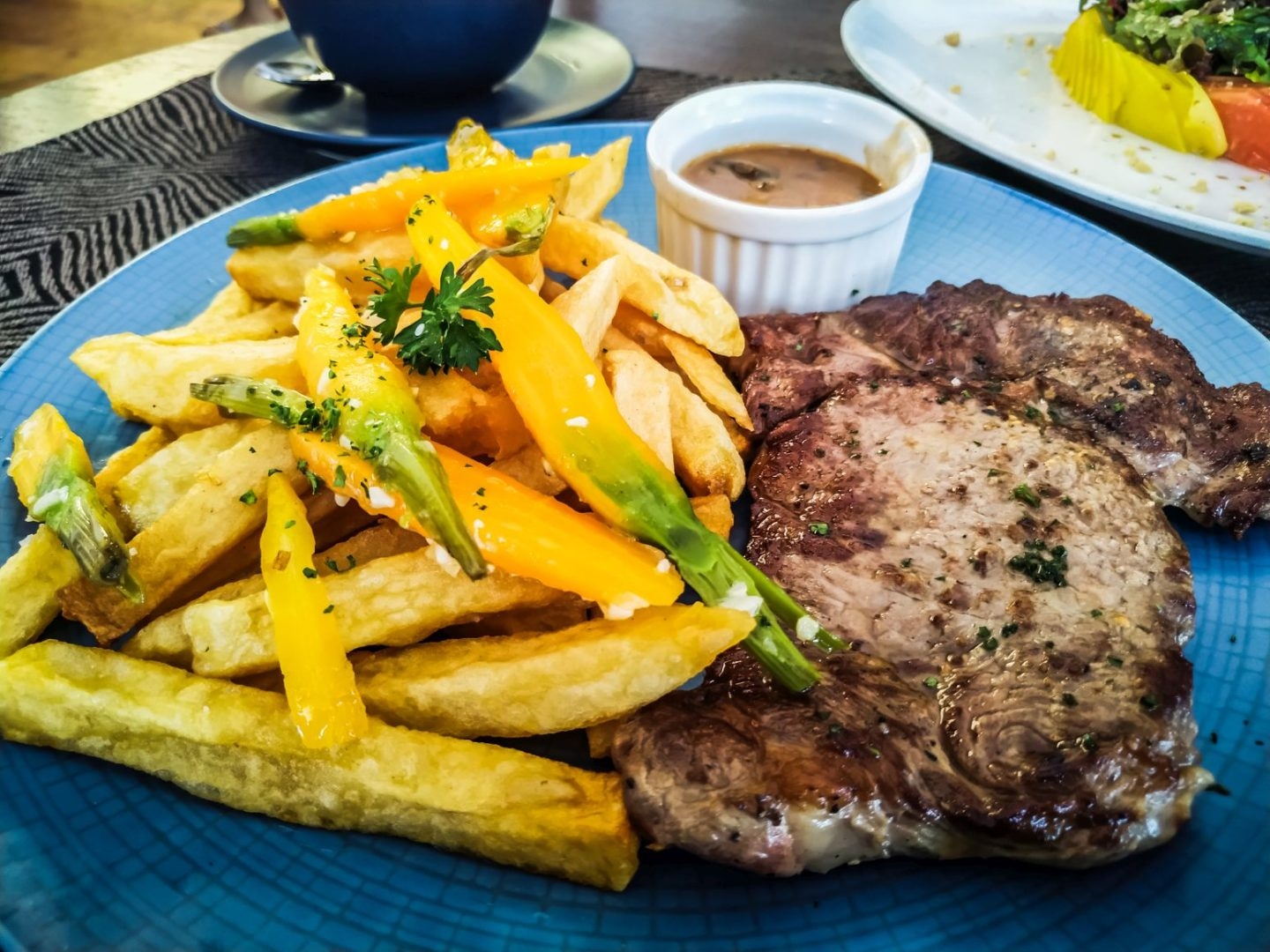 the-junction-house-bali-a-must-visit-restaurant-when-in-bali