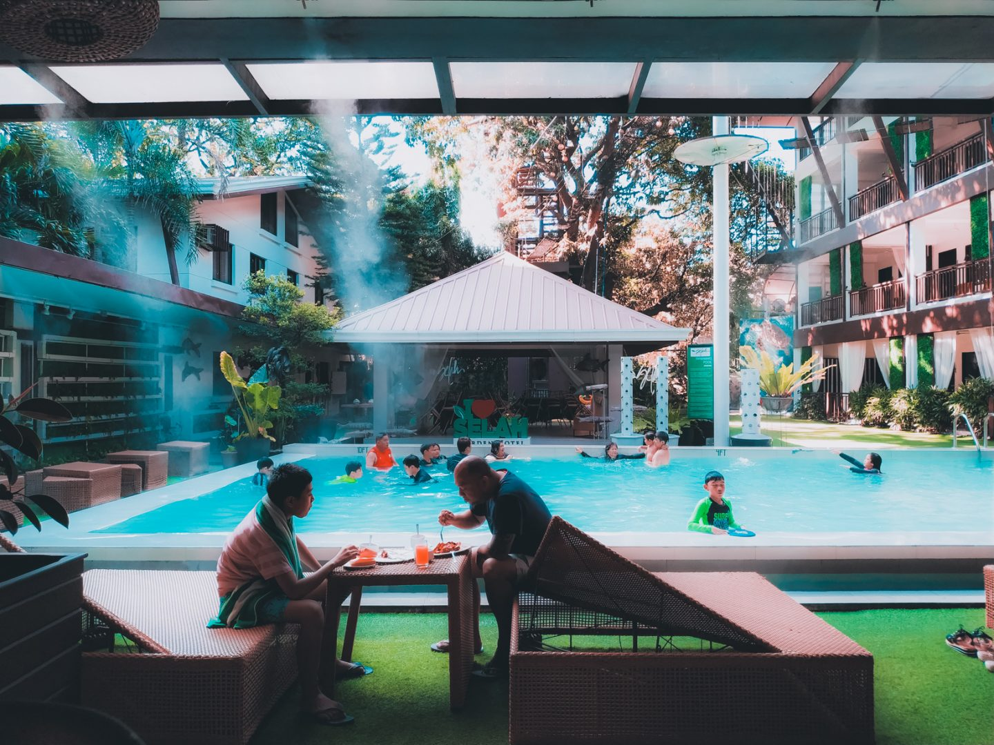 selah-garden-hotel-in-pasay-staycation-via-zen-rooms