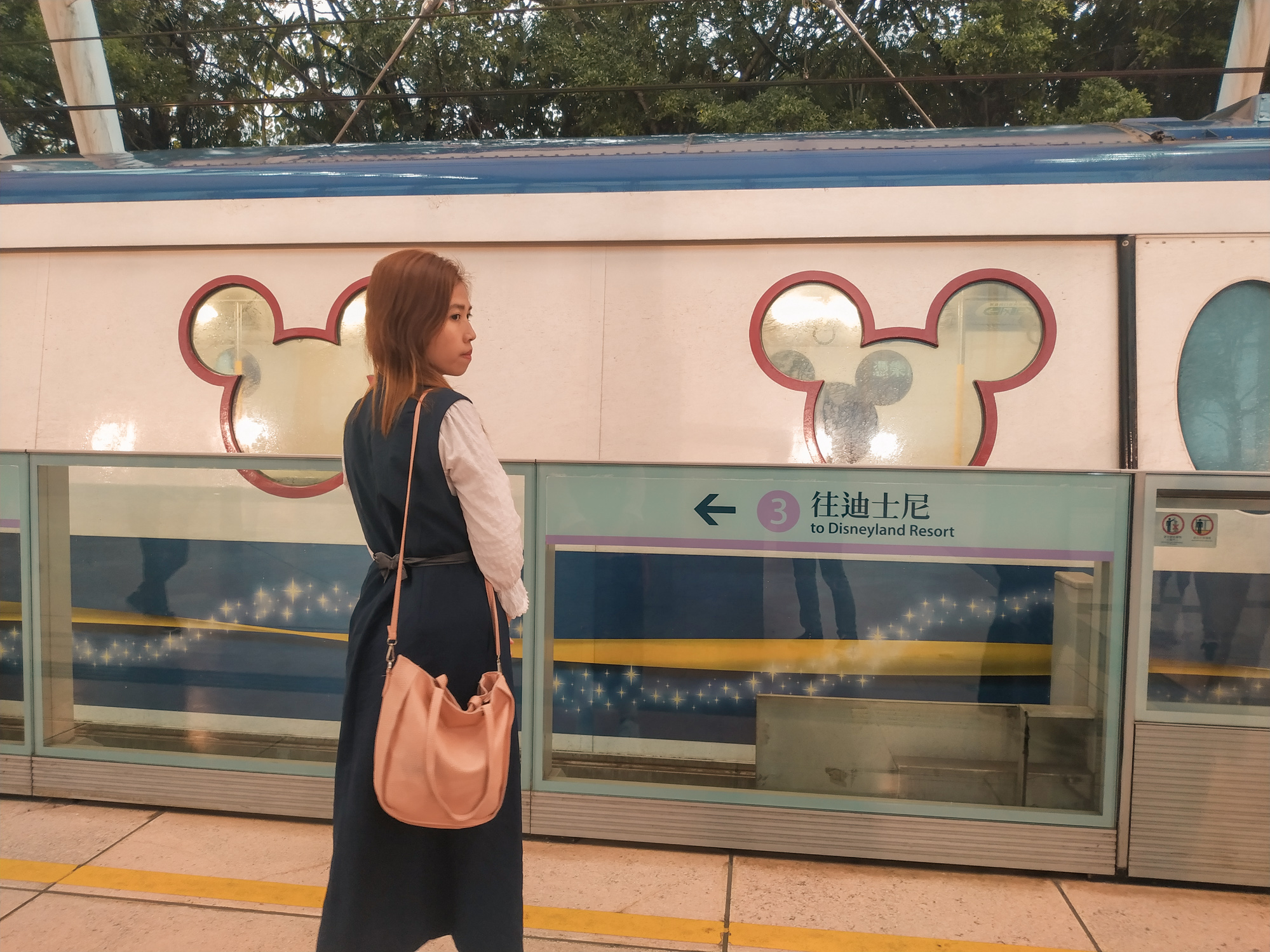 hong-kong-disneyland-getting-there-getting-tickets-experience
