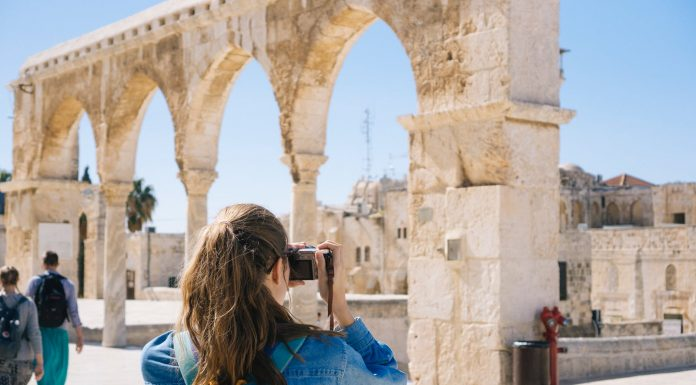 How to Access Travel Discounts
